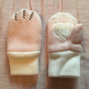 Baby Gap Paw Mittens